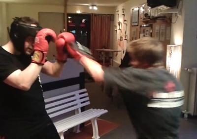 Kickboxtraining – Meidbewegungen im Oberkoerper