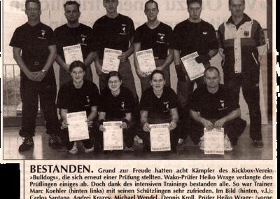 Wochentip-09-01-2002-Bestandene-Prüfungen-bei-den-Bulldogs