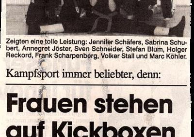 Wochentip-29-07-1998-Frauen-stehen-auf-Kickboxen